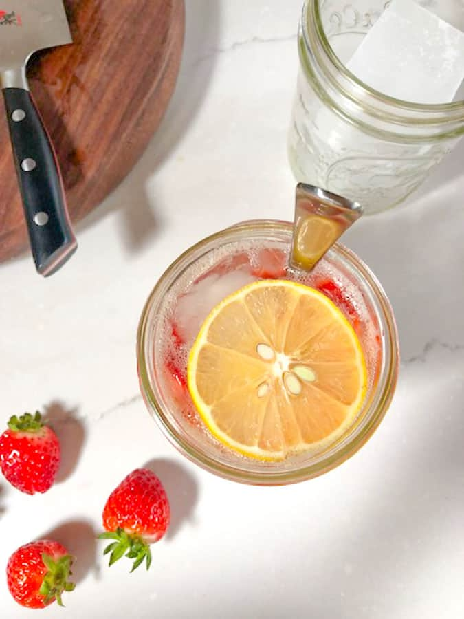 vietnamese lemon soda with strawberries