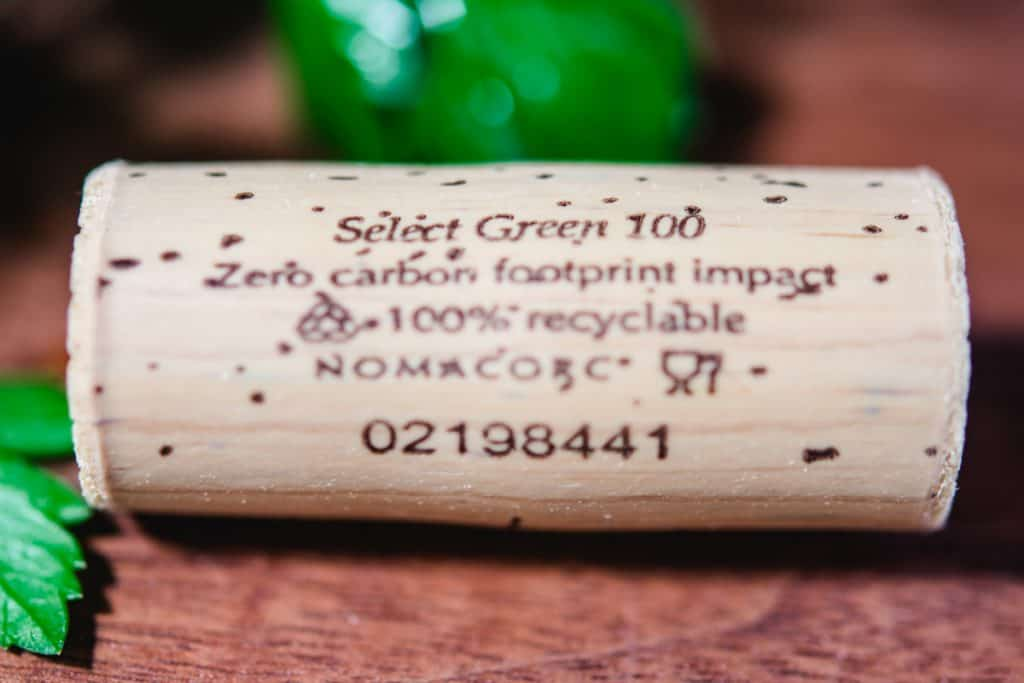 100% recyclable cork